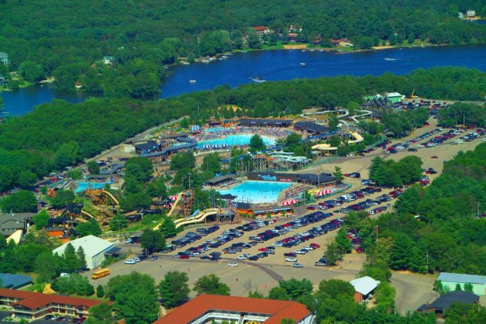 Noah's Ark Water park - largest in usa